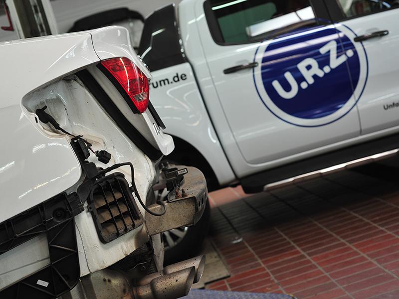 Unfallreparatur beim URZ Lindlar